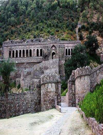Bhangarh-Bhangarh fort