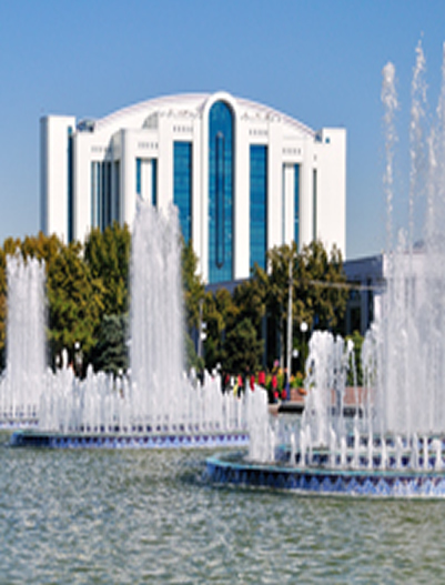 Tashkent-Fountains on Independence Square